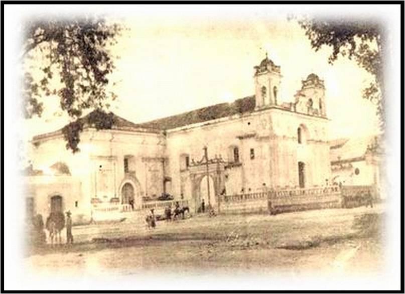Parroquia Vieja de Nuestra Señora de la Asunción del Valle de la Ermita. Autor anónimo, aproximadamente de 1895. (Fuente: skyscrapercity, foro de la ciudad de Guatemala).