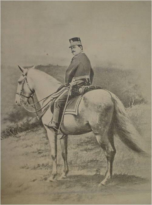 El general José María Reina Barrios supervisando maniobras militares en el Campo de Marte. (Fuente: pacayablogspot. Original de El Progreso Nacional, número 427, del 13 de noviembre de 1896).