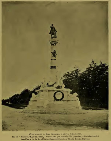 """Fotografía del monumento al General Miguel García Granados, publicada en la revista """"La Ilustración Española"""", en 1897."""