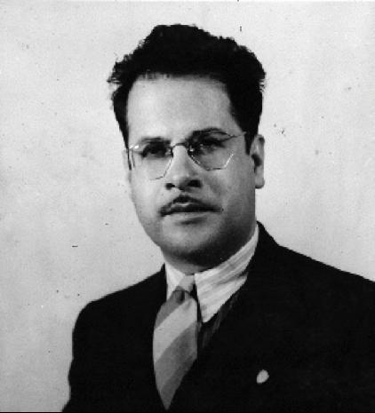 """Francisco Méndez, miembro de la generación de 1930 (Grupo Tepeus), compartió tiempo y espacio con otras grandes figuras como Mario Monteforte Toledo y el historiador Samayoa Chinchilla. Se desempeñó por muchos años como periodista de """"El Imparcial""""."""